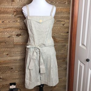 BCBGMaxazria Woven shorts jumper/ romper  size 6